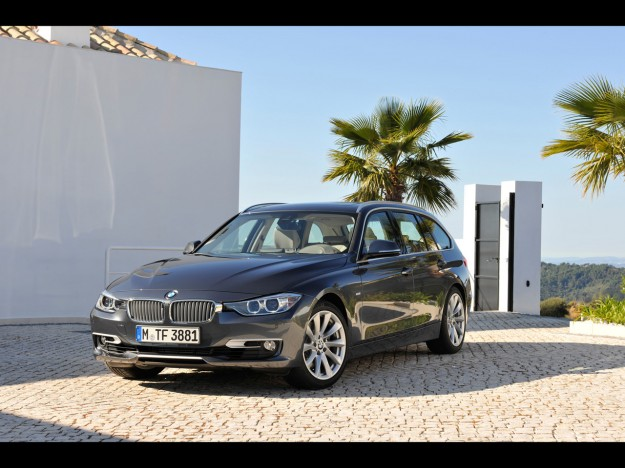 2012-bmw-3-series-touring-330d-static-4-1280x960