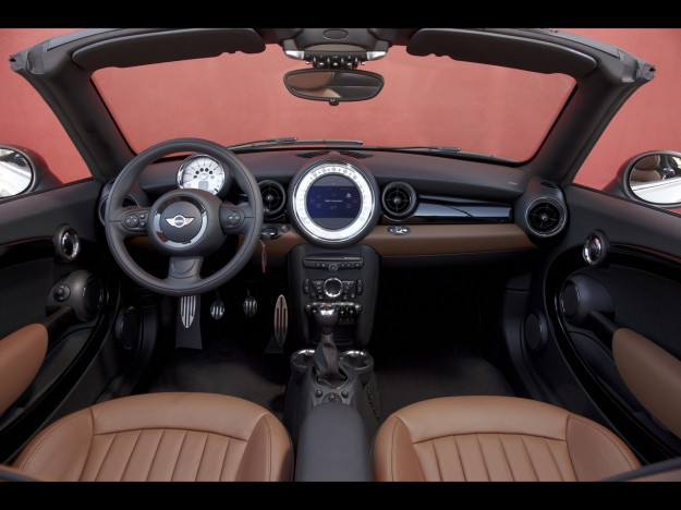 2012-mini-roadster-dashboard-2-1280x960