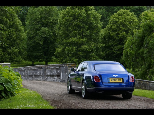 2013-bentley-mulsanne-static-2-1280x960