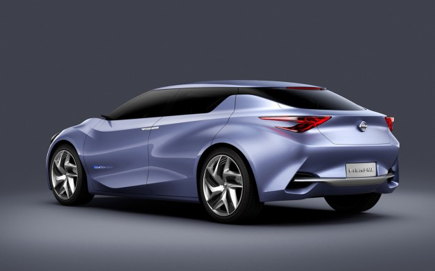 2013-nissan-friend-me-concept-studio-2-1280x8001