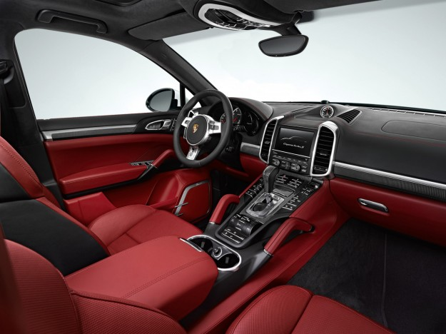 2013-porsche-cayenne-turbo-s-dashboard-1280x960