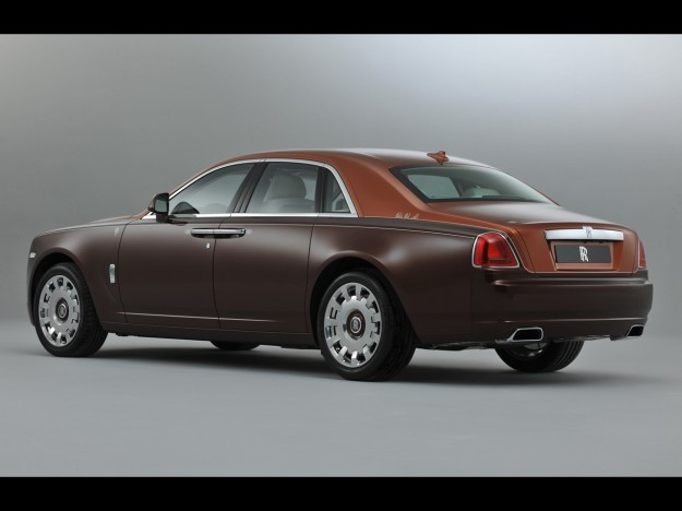 2013-rolls-royce-one-thousand-and-one-nights-ghost-collection-studio-5-1280x960