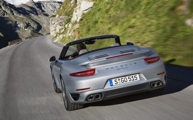 2014-Porsche-911-Turbo-Cabriolet-Motion-1-1280x800