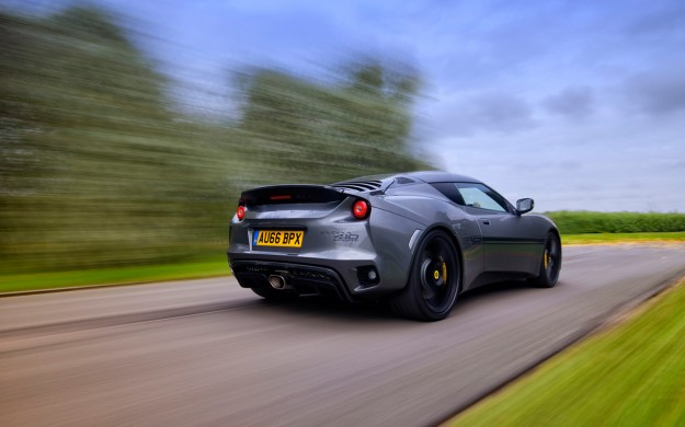 2017-Lotus-Evora-Sport-410-Motion-1-1280x800